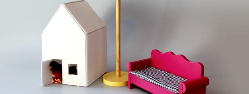 Mobilier de maison de poupée