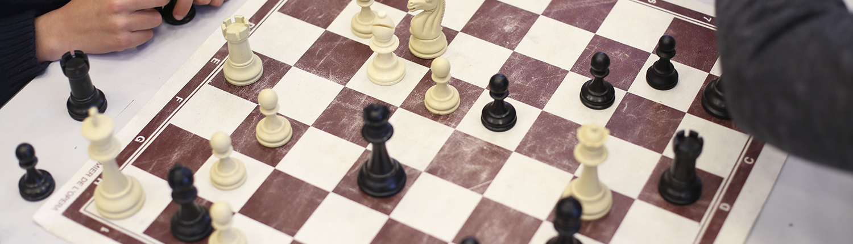 Plateau d'échecs pendant une partie